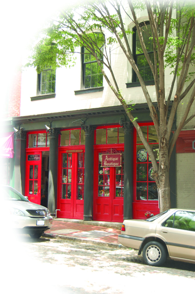 Photograph of Antique Boutique's storefront